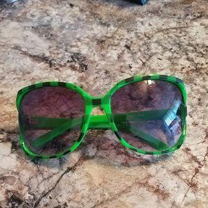 🤩🤩Retro Style Plaid Oversized Sunglasses